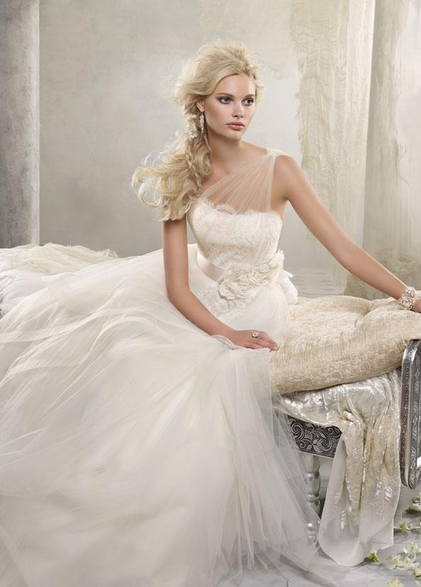 Alvina Valenta Bridal Gowns, Wedding Dresses Style AV9216 by JLM Couture, Inc.