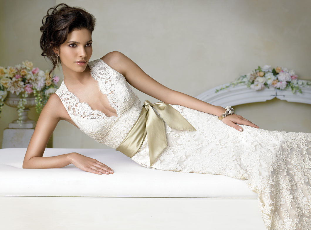 Alfa img Showing Lace Wedding Gown Designer