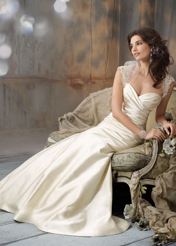 Jim Hjelm Bridal Gowns, Wedding Dresses Style jh8106 by JLM Couture, Inc.