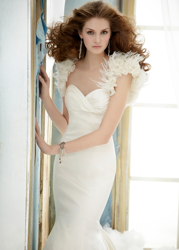 Jim Hjelm Bridal Gowns, Wedding Dresses Style jh8202 by JLM Couture, Inc.