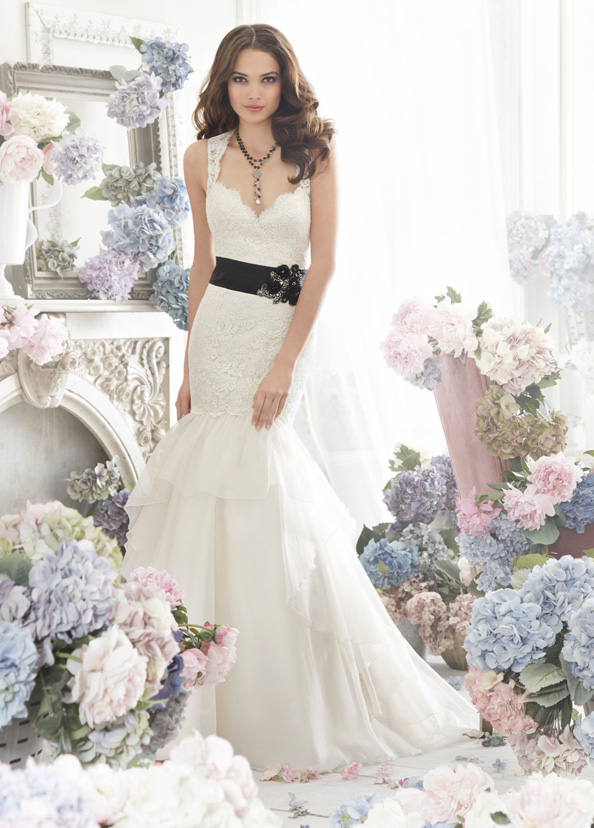 Jim Hjelm Bridal Gowns, Wedding Dresses Style jh8262 by JLM Couture, Inc.